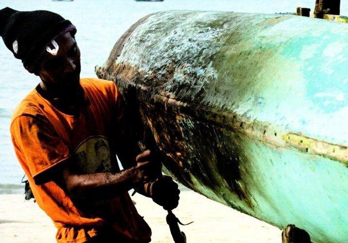 Рыбак. Остров Белитунг. Индонезия. 2012 г.