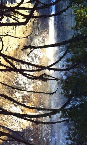 Вершина водопада Йосемити